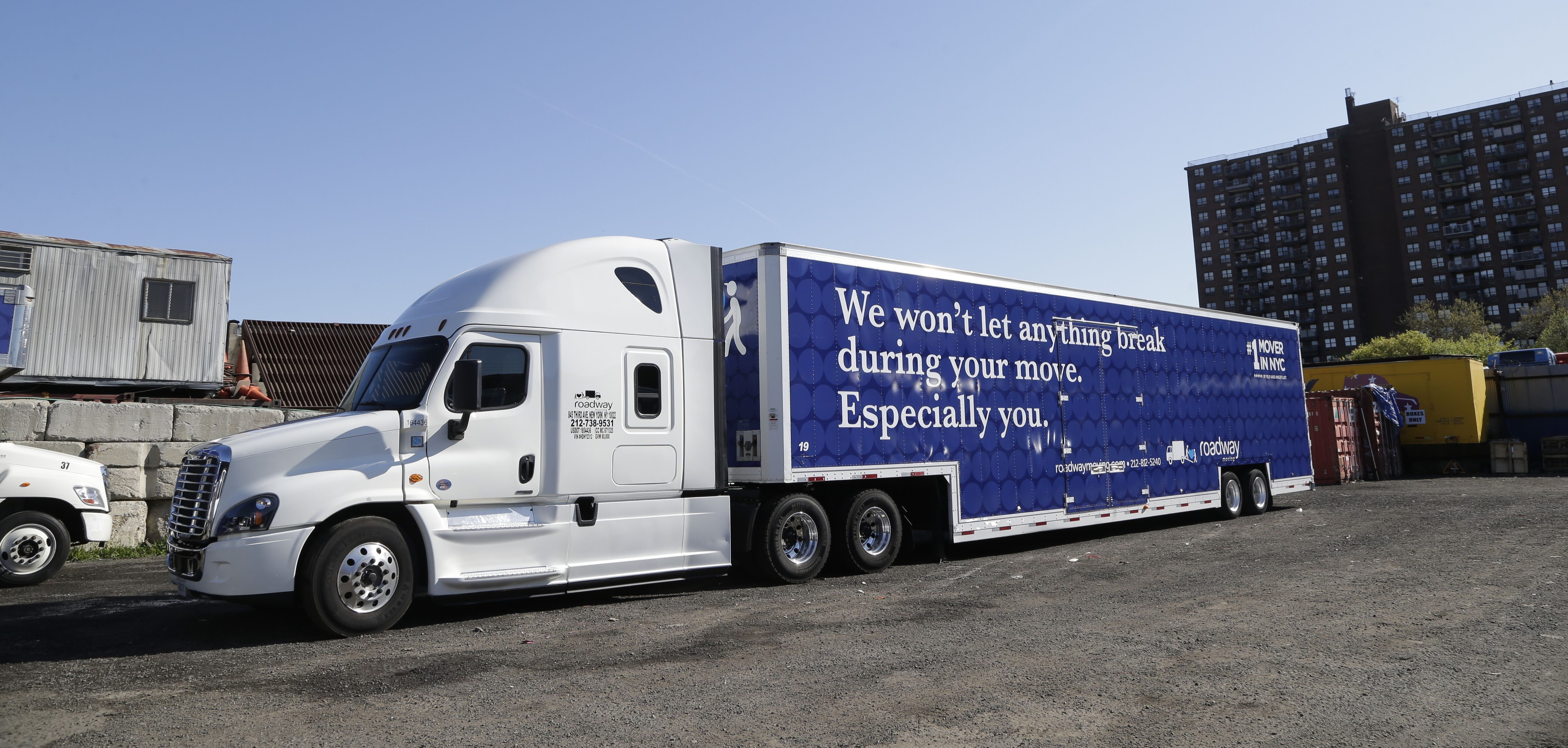 How Can The Best Interstate Moving Companies Roadway Moving