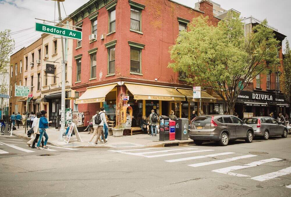 MOVING TO WILLIAMSBURG